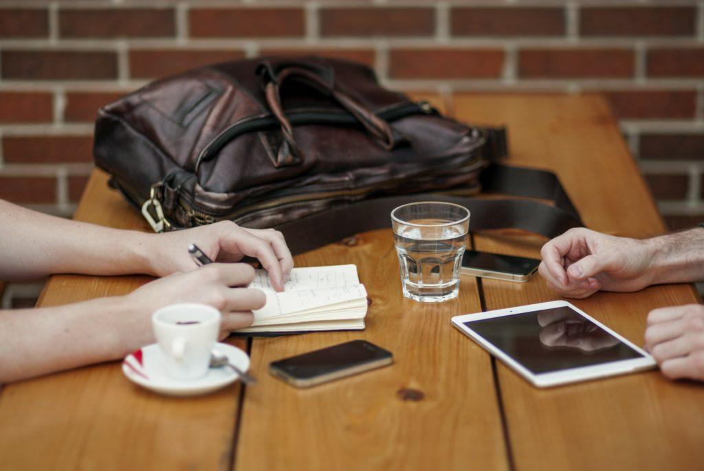 【事務局活動報告】30日間で10名のサポーターにインタビューを行いました